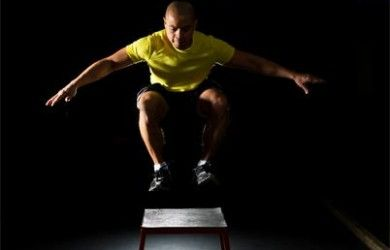 Box jumps de crossfit