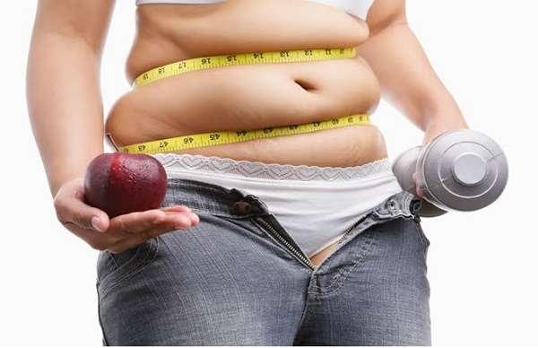 Rutina rápida de abdominales con mancuernas en casa