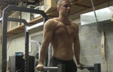 Conoce los dips para ganar músculo en tus tríceps rápido